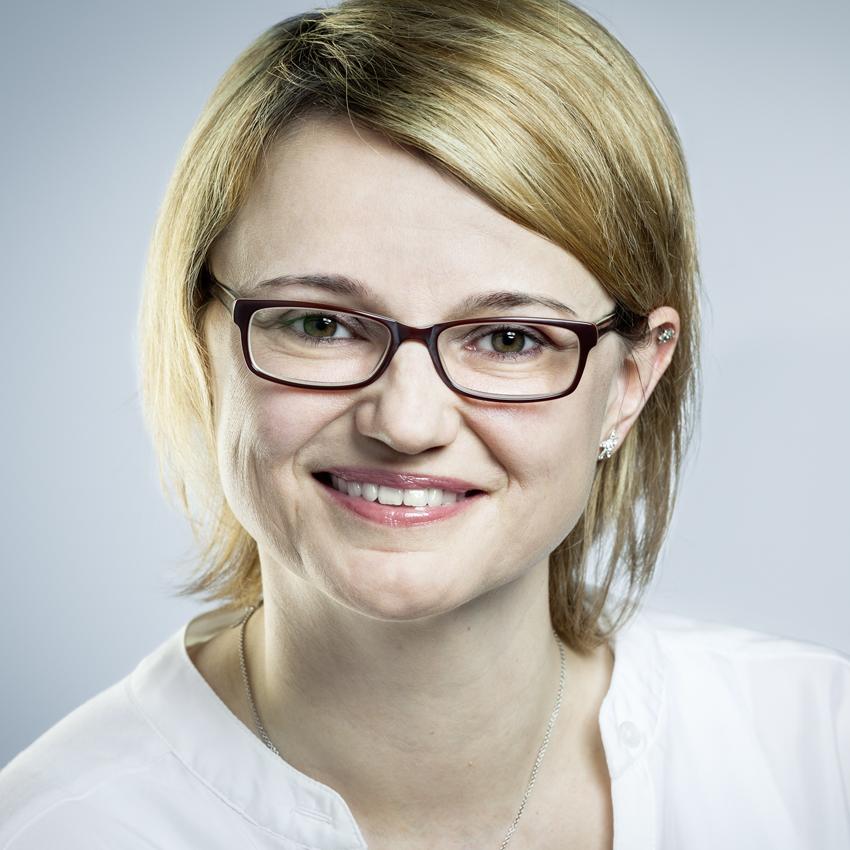 Miriam Kemper